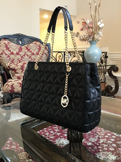 Michael Kors Quilted Leather Chain Gift Shoulder Bag Image 5
