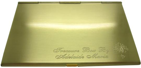 Preload https://img-static.tradesy.com/item/22908061/yellow-gold-personalized-business-card-case-engraved-card-holder-0-1-540-540.jpg