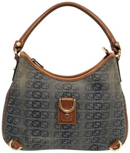 d27a4ccc69b2c0 Gucci Leather Bags & Purses - Up to 70% off at Tradesy