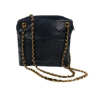 Chanel Vintage Maxi Lambskin Quilted Chain Shoulder Bag