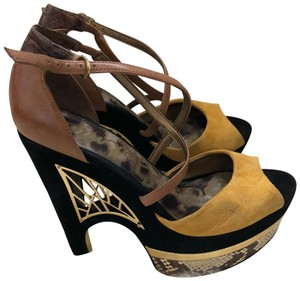 Sam Edelman yellow Wedges