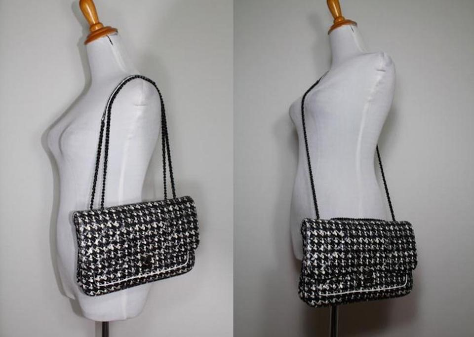 Chanel Classic Houndstooth Flap Chain Purse Black White