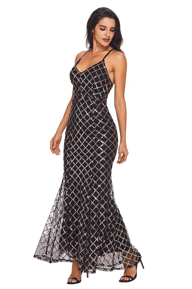 Black Or Cream Colored Elegant Gold And Long Formal Dress Size 4 S
