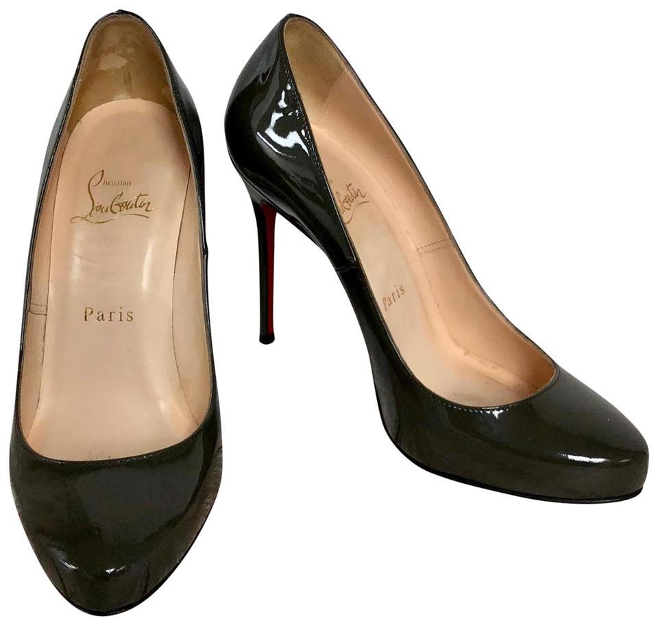 premium selection adc27 c22e7 Christian Louboutin Olive Green Patent Leather Round-toe Pumps Size EU 37  (Approx. US 7) Regular (M, B) 57% off retail