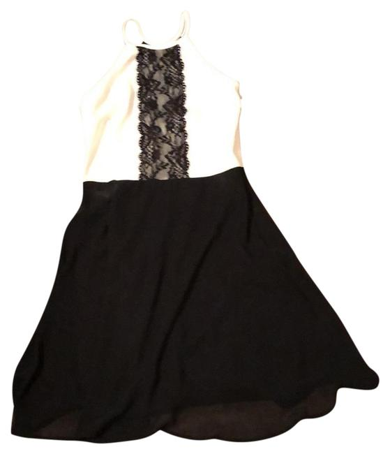 Item - Black and White Lace Halter Skater Short Casual Dress Size 4 (S)