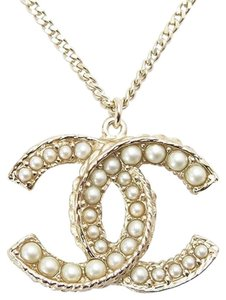 Chanel Pendant CC Logo Pearl Seed Classic Gold Charm Jumbo XL Necklace 12A