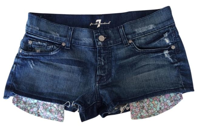 Preload https://item2.tradesy.com/images/7-for-all-mankind-blue-floral-multi-pocket-cut-off-shorts-size-6-s-28-2291226-0-0.jpg?width=400&height=650
