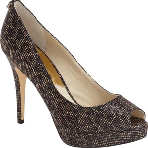 2f7050810df Gold MICHAEL Michael Kors Pumps - Up to 90% off at Tradesy
