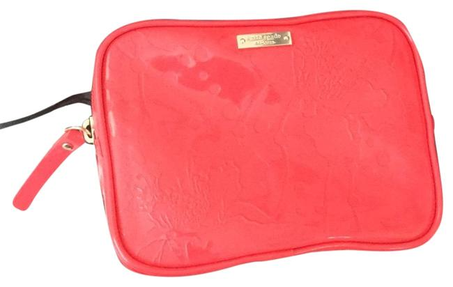 Item - Coral Spotted Floral Flaise Cosmetic Bag