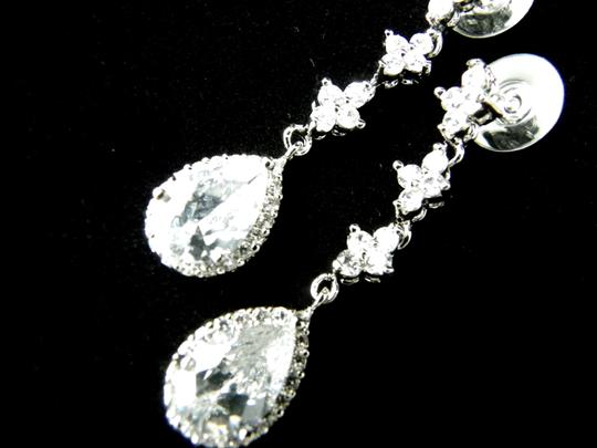 Clear Cubic Zirconia Teardrop Sparkly White Crystal Dangle Bridesmaid Gift Earrings Image 2