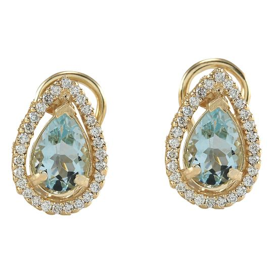Fashion Strada 2.72 Carat Natural Aquamarine 14K Yellow Gold Diamond Earrings