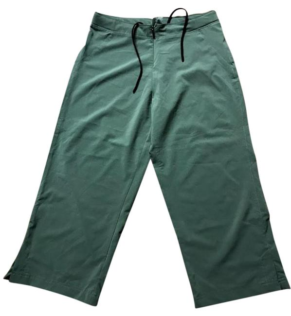 Preload https://item3.tradesy.com/images/sugoi-green-activewear-capriscrops-size-4-s-27-22913202-0-1.jpg?width=400&height=650