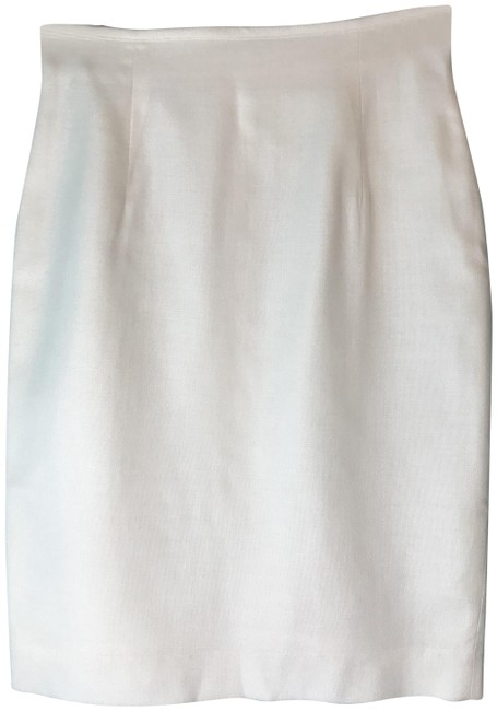 Preload https://img-static.tradesy.com/item/22913508/liz-claiborne-ivory-collection-a-line-skirt-size-petite-10-m-0-2-650-650.jpg