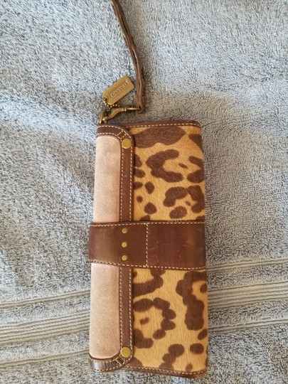 Coach Wristlet in Lilac and brown