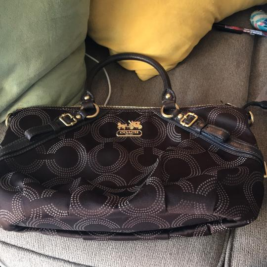 Preload https://item1.tradesy.com/images/coach-15935-madison-dotted-op-art-sophia-hand-purse-brown-canvas-satchel-22913560-0-0.jpg?width=440&height=440