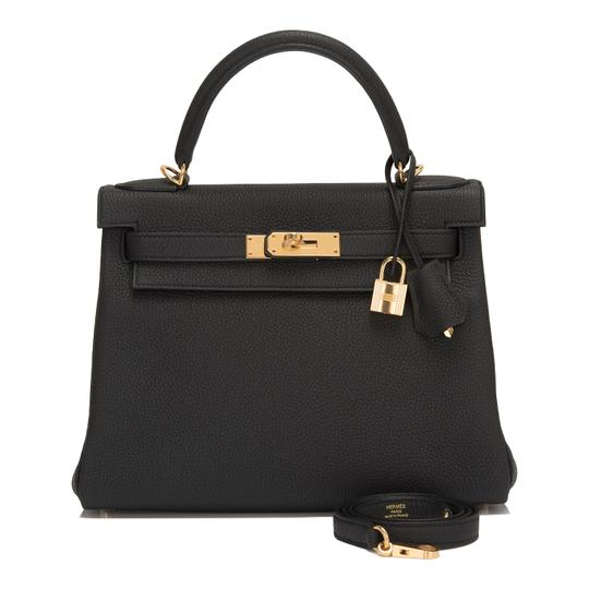 Preload https://item2.tradesy.com/images/hermes-kelly-togo-28cm-gold-hardware-black-leather-satchel-22913726-0-0.jpg?width=440&height=440