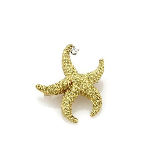Preload https://item5.tradesy.com/images/tiffany-and-co-18913-diamond-starfish-18k-yellow-gold-brooch-22913814-0-0.jpg?width=440&height=440