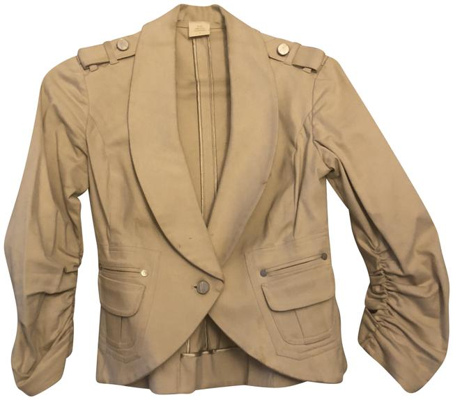 Preload https://img-static.tradesy.com/item/22913815/marciano-tan-cream-with-ruched-sleeves-blazer-size-4-s-0-1-650-650.jpg