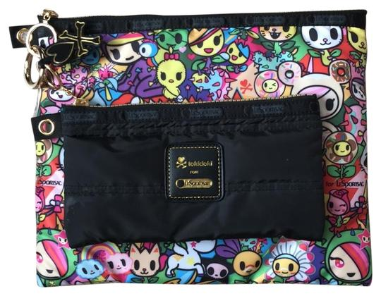 Preload https://img-static.tradesy.com/item/22913907/make-up-pouches-cosmetic-bag-0-1-540-540.jpg