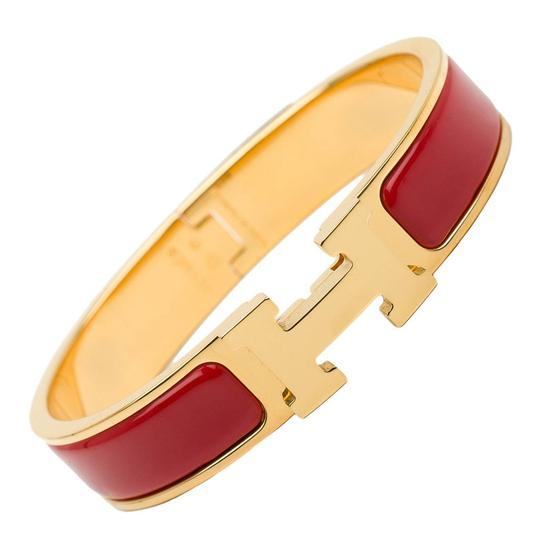 Preload https://item1.tradesy.com/images/hermes-red-enamel-narrow-clic-clac-pm-bracelet-22914015-0-3.jpg?width=440&height=440