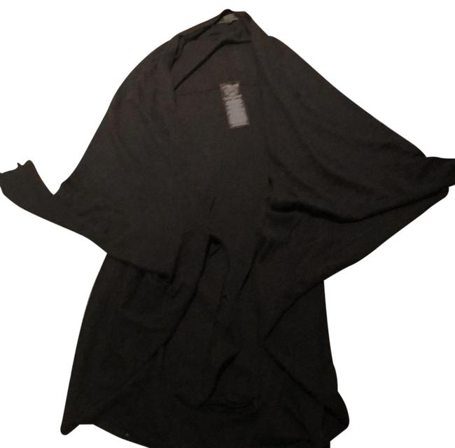Preload https://item4.tradesy.com/images/guess-black-los-angelos-sweaterpullover-size-14-l-22914118-0-1.jpg?width=400&height=650