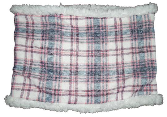 Preload https://img-static.tradesy.com/item/22914282/pink-ivory-navy-blue-plaid-fleece-super-soft-infinity-scarfwrap-0-1-540-540.jpg