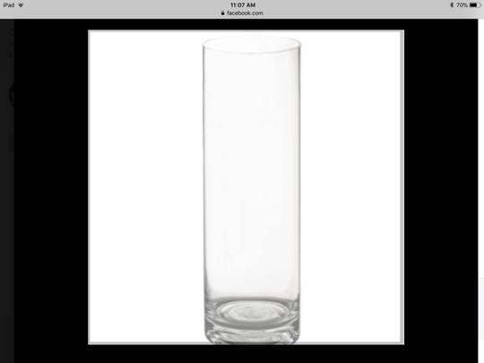 Preload https://item4.tradesy.com/images/clear-glass-vases-cylinder-vases-75-12-centerpiece-22914308-0-0.jpg?width=440&height=440