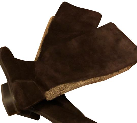 Preload https://img-static.tradesy.com/item/22914350/stuart-weitzman-brown-bootsbooties-size-us-65-regular-m-b-0-2-540-540.jpg