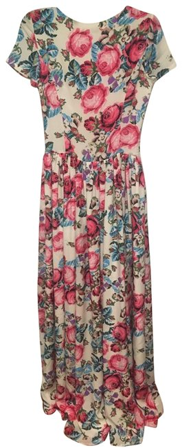 Preload https://item3.tradesy.com/images/whitefloral-long-formal-dress-size-00-xxs-22914452-0-2.jpg?width=400&height=650
