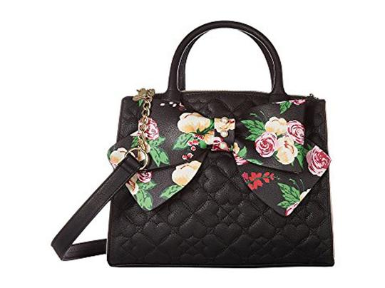 Preload https://img-static.tradesy.com/item/22914463/betsey-johnson-quilted-heart-dual-entry-floral-bow-crossbody-black-faux-leather-satchel-0-0-540-540.jpg
