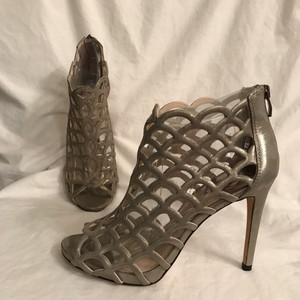 732831ae1520 Vince Camuto Leather Hidden Platform Platform Pump Caged Silver Gold Boots