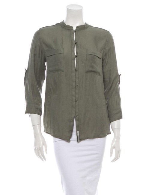 Preload https://img-static.tradesy.com/item/2291484/woolrich-with-tags-blouse-size-6-s-0-0-650-650.jpg