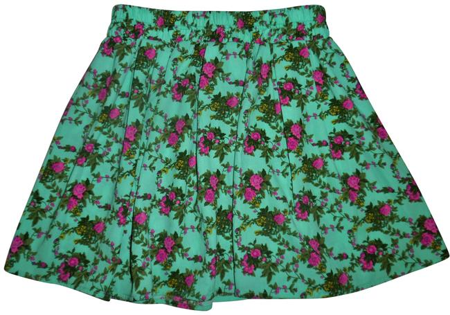 Forever 21 Teal Green Olive Rose Beige Floral Pleated Short Skirt Size 4 (S, 27) Forever 21 Teal Green Olive Rose Beige Floral Pleated Short Skirt Size 4 (S, 27) Image 1