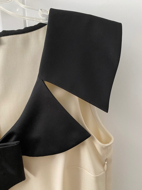 Love Moschino Cream With Tuxedo Bow Collar Detail Nwot Mid-length Cocktail Dress Size 6 (S) Love Moschino Cream With Tuxedo Bow Collar Detail Nwot Mid-length Cocktail Dress Size 6 (S) Image 5