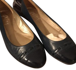 French Sole navy Flats