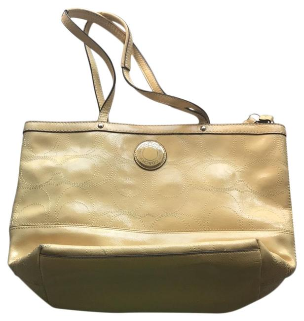 Item - K1295-f19198 Yellow Patent Leather Tote