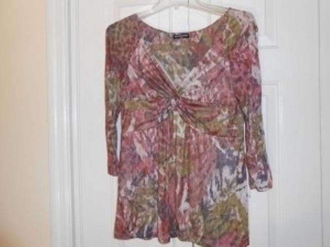 Preload https://item5.tradesy.com/images/cha-cha-vente-pink-floral-tunic-size-14-l-22919-0-0.jpg?width=400&height=650