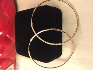 14k Yellow Gold Hoop