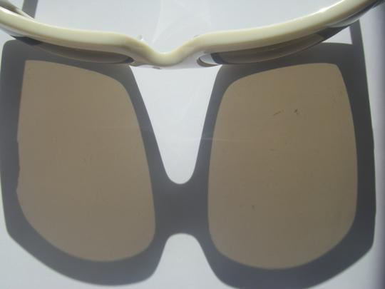Kenneth Cole Kenneth Cole Sunglasses KC6084 Cream White