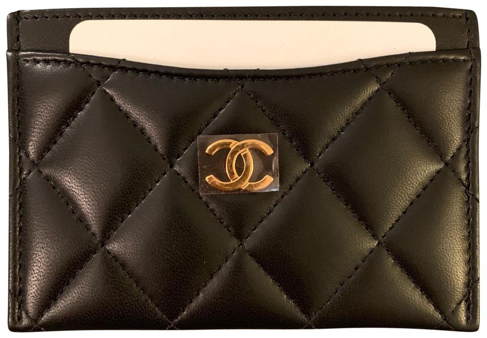 4e7addd0567 Chanel Chanel Lambskin Leather Cardholder in black Image 0 ...