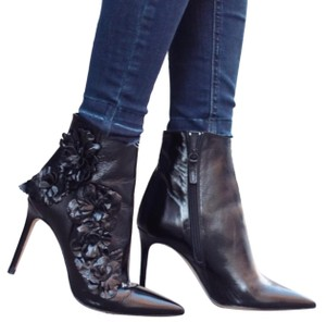 Zara Floral Flower Patent Leather Pointed Toe Embroidered black Boots