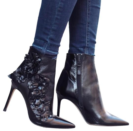 Preload https://img-static.tradesy.com/item/22920035/zara-black-high-heel-leather-ankle-with-floral-details-bootsbooties-size-us-10-regular-m-b-0-3-540-540.jpg