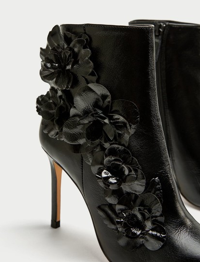 Zara Floral Flower Patent Leather Pointed Toe Embroidered black Boots Image 2