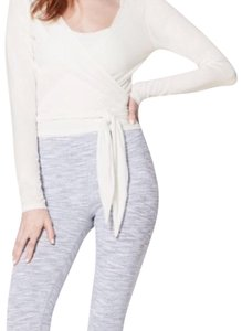 Lululemon NWT HEATHERED WHITE LULULEMON TIED TO IT WRAP LONG SLEEVE - - Size 10!