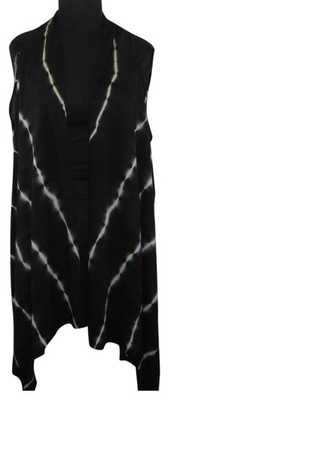 Preload https://img-static.tradesy.com/item/22920416/mechant-black-white-tie-dye-new-shark-bite-hem-vest-new-xl-tunic-size-16-xl-plus-0x-0-0-650-650.jpg