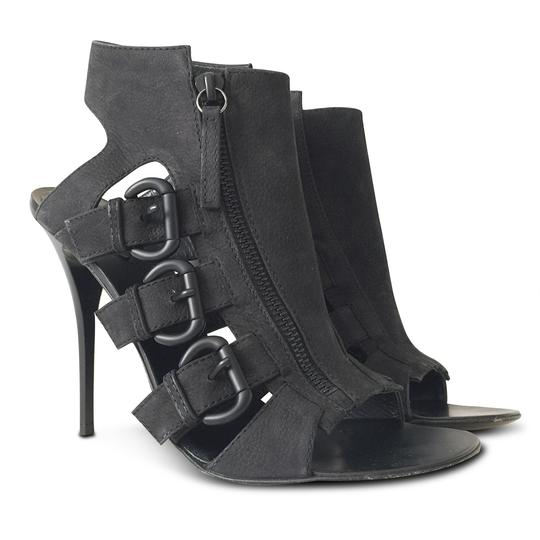 Preload https://img-static.tradesy.com/item/22920627/giuseppe-zanotti-black-new-nubuck-cage-open-toe-sandals-size-eu-395-approx-us-95-regular-m-b-0-0-540-540.jpg