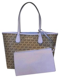 3a9f3f0ac Michael Kors Purple Bags, Accessories & more - Up to 70% off at Tradesy