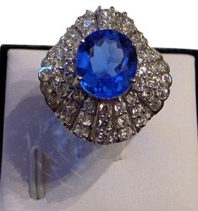 Couture Collection Vintage Blue Tanzanite Ballerina Ring