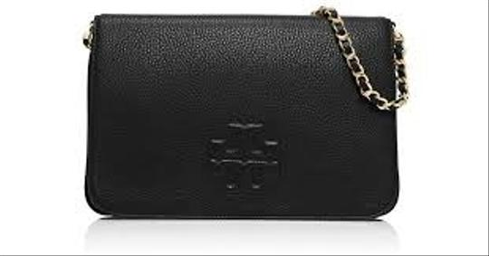 Preload https://item5.tradesy.com/images/tory-burch-clutch-thea-fold-over-with-chain-black-cross-body-bag-22922679-0-2.jpg?width=440&height=440