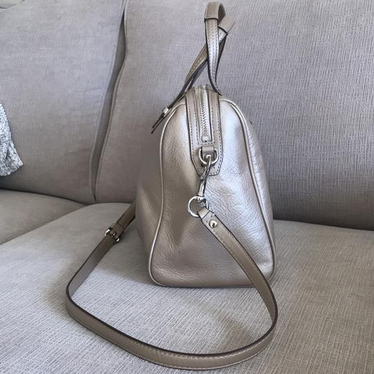 Coach Satchel in champagne Image 1